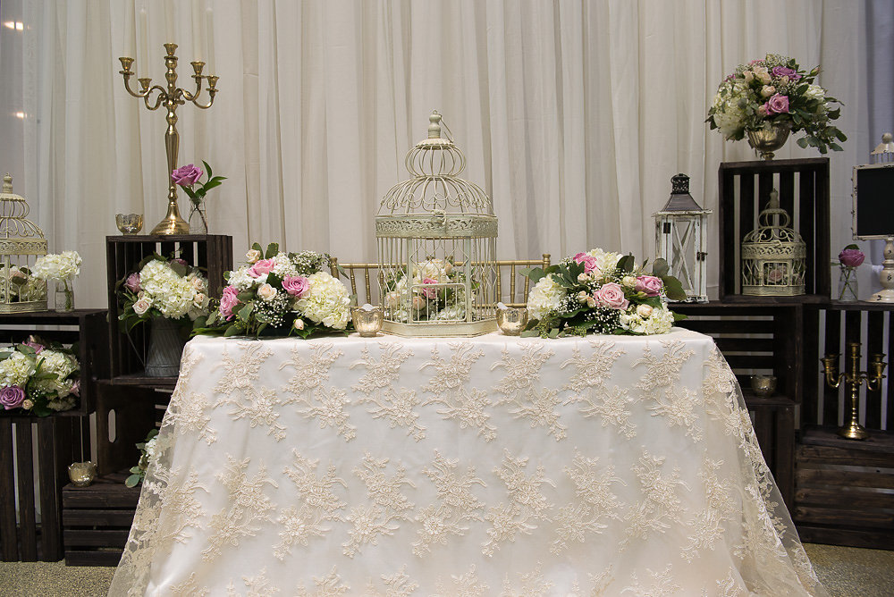 Excellent The Hamilton Halton Spring Wedding Show 2016 Booth Display Complete Home Design Collection Epsylindsey Bellcom