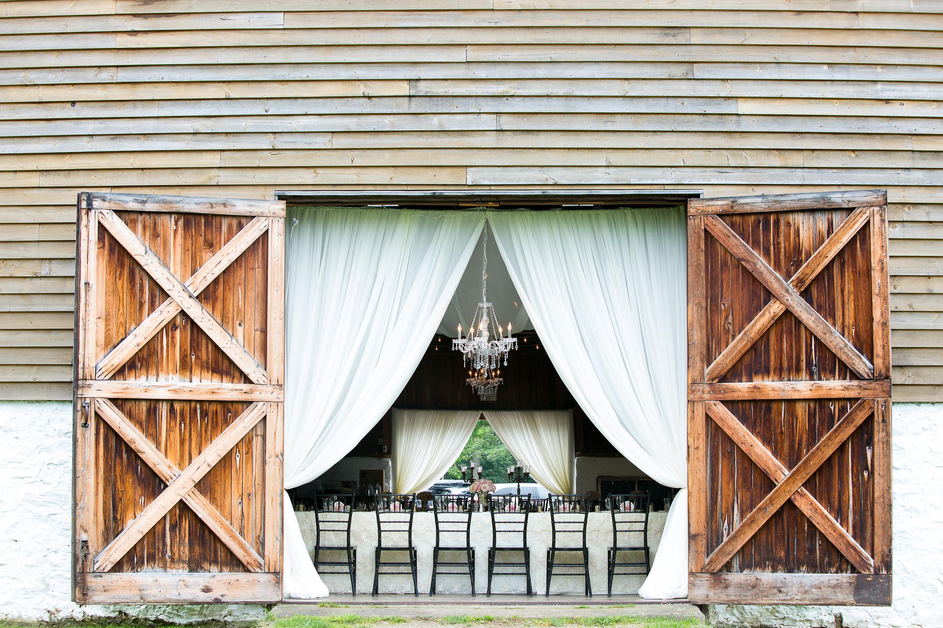 Wedding Decor Barn Door And Beam Draping Ball S Falls Lincoln On