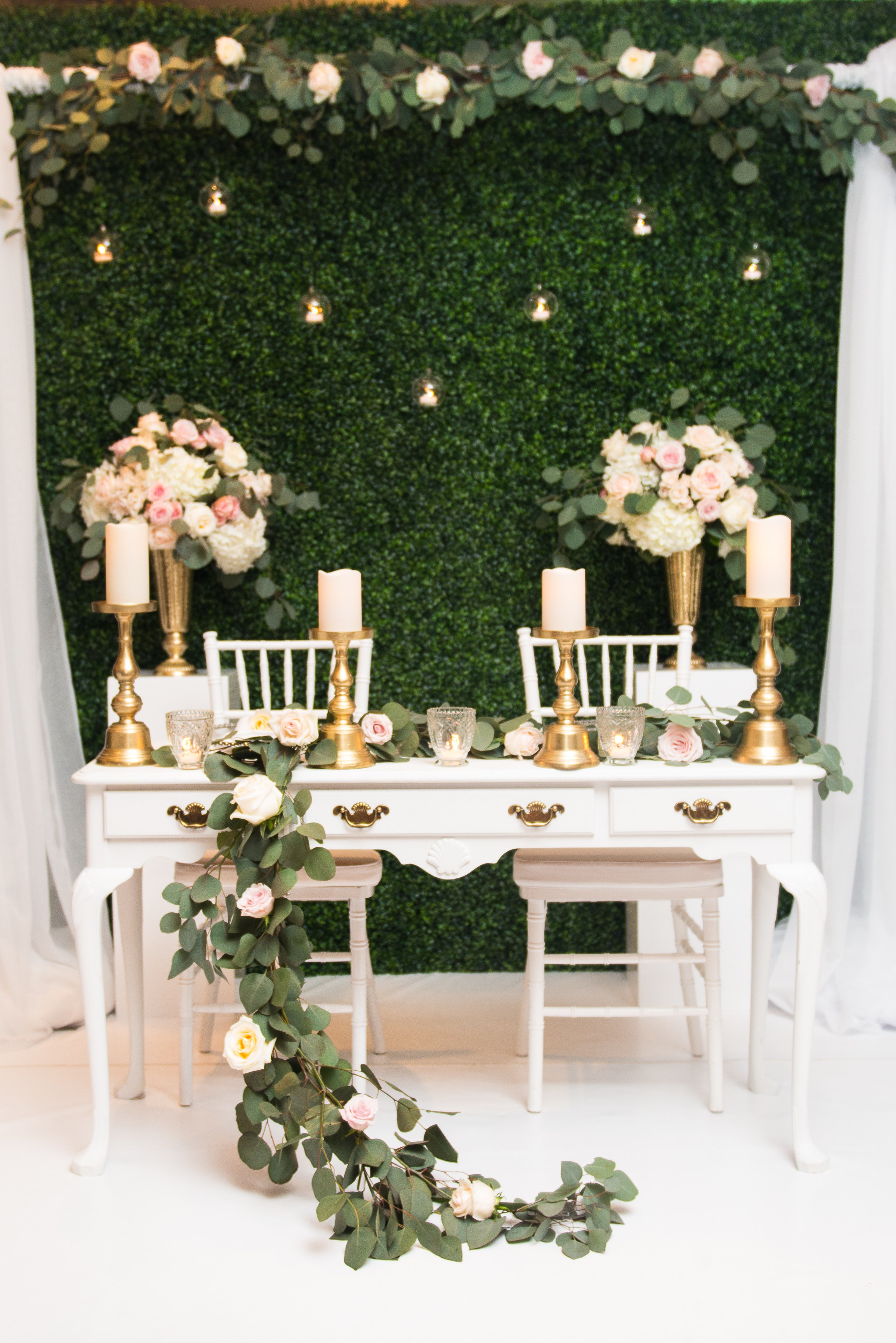 Flowers by Janie Booth at Bridal Expo